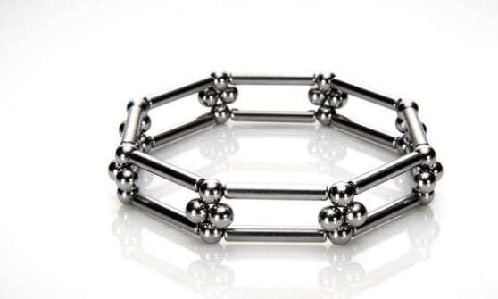 klik klik magnetic jewelry
